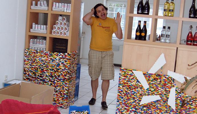 NPIRE Legostern ist fertig und Henne dreht durch